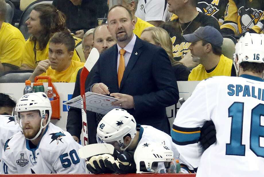 Peter DeBoer begins his second season behind the Sharks' bench after guiding the team to a 46-30-6 regular season and a spot in the Stanley Cup Finals. Photo: Keith Srakocic, Associated Press