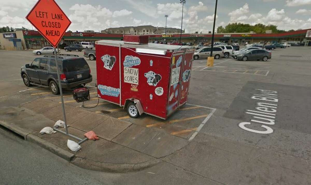 The Ice Age - Palacios 9440 Cullen, Houston, TX 77051 Demerits:34 Inspection Highlights:Observed mildew in the snow cone machine. CLEAN AND SANITIZE Week of Oct 04-11, 2016