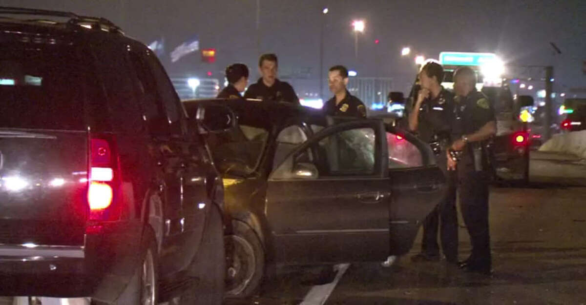 A woman stabbed a man about 3 a.m. Wednesday, Oct. 12, 2016, as he drove them along U.S. 59 in southwest Houston, causing their car to crash into a barrier along the freeway. (Metro Video)