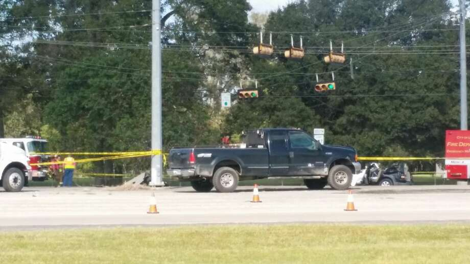 Police are investigating a fatal accident that occurred the morning of Wednesday, Oct. 12, 2016 in Liberty.  Photo: Vanesa Brashier/Dayton News