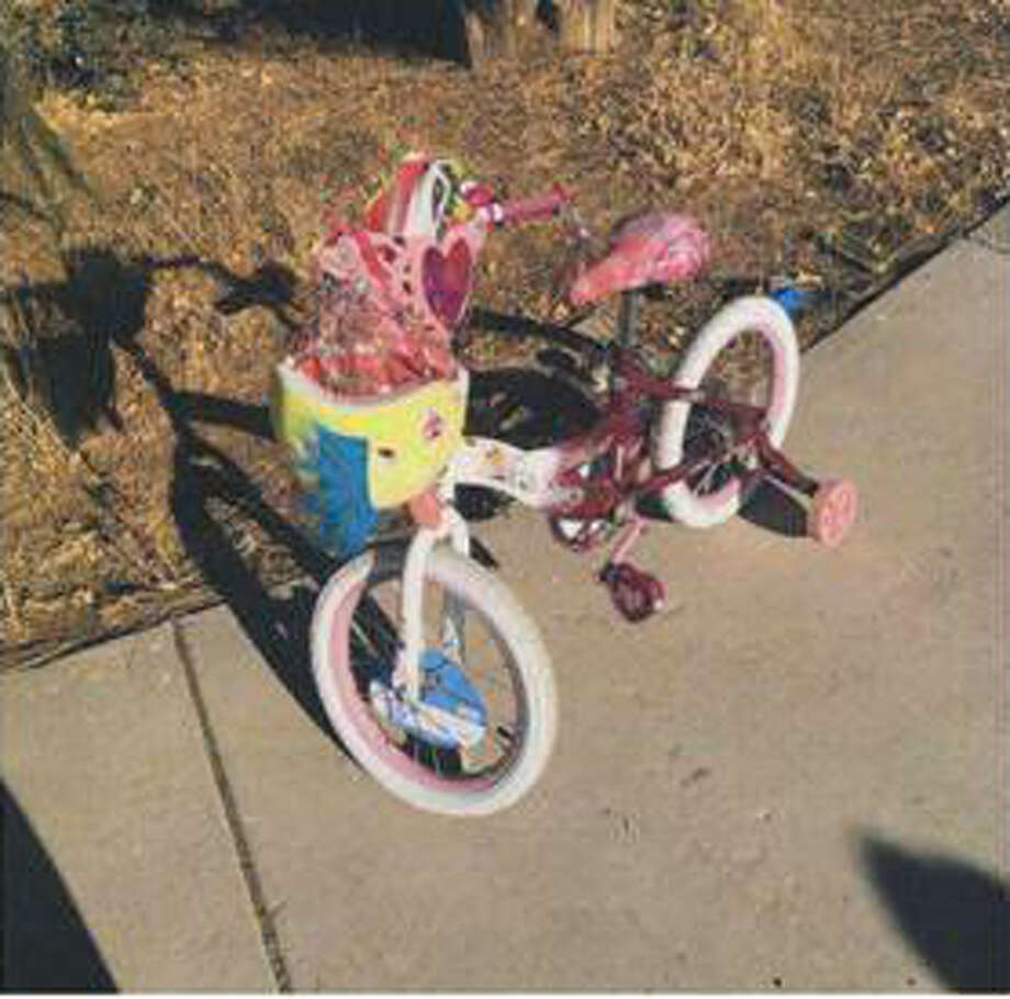 The Alameda County sheriff's office remains baffled as to why a child's bike, fishing rod, socks, shoes and helmet were left behind at the Bethany Reservoir near Livermore on Monday, officials said. Photo: Alameda County Sheriff's Office / Alameda County Sheriff's Office