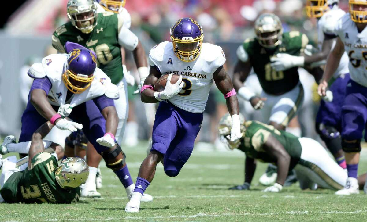 AAC POWER RANKINGS 10. East Carolina (2-4, 0-2 AAC) The Pirates' season continued to trend downward despite a mostly improved effort against South Florida in Tampa last week. East Carolina had a chance to tie the Bulls late in the fourth quarter, but instead saw two unanswered touchdowns go the other way in a 38-22 loss. It was ECU's fourth straight setback, a first since 2004. Senior quarterback Philip Nelson was again sent to the locker room early after taking a hard hit, replaced for the second consecutive week by sophomore transfer Gardner Minshew, who helped stage the team's late rally to tie the game at 24-24. The effort fell just short when Minshew's two-point conversion pass was caught out of bounds. Hurricane Matthew's flooding washed away the Pirates' scheduled Thursday clash with red-hot Navy, perhaps a blessing in disguise for a team with numerous injuries. They'll play at Cincinnati on Oct. 22. - Nathan Summers, The Daily Reflector