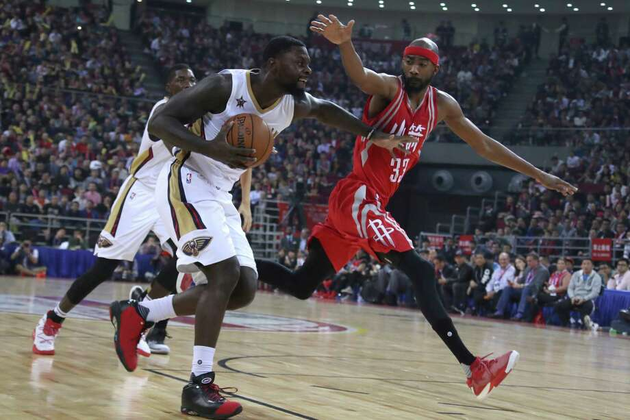 f52fca9b893 Lance Stephenson of the New Orleans Pelicans tries to get past Corey Brewer  of the Houston