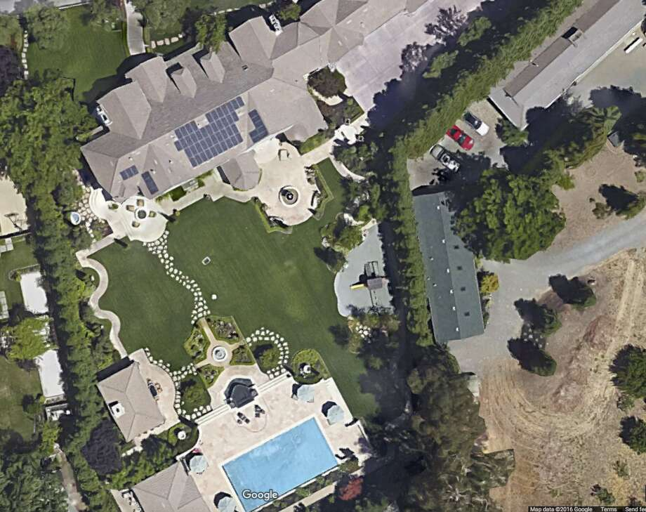 Stephen and Ayesha Curry purchased a home in Alamo, Calif., in 2016. Photo: Google Maps