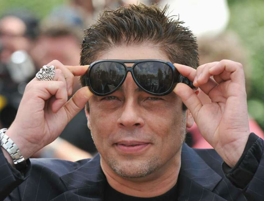 CANNES, FRANCE - MAY 12: Jury member Benicio Del Toro attends the Jury Presentation Photocall at the Palais des Festivals during the 63rd International Cannes Film Festival on May 12, 2010 in Cannes, France. (Photo by Pascal Le Segretain/Getty Images) *** Local Caption *** Benicio Del Toro