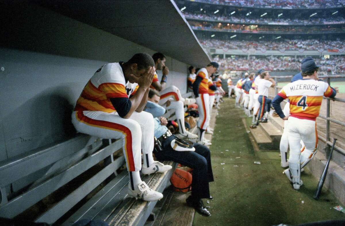 RANKING THE ASTROS' WORST PLAYOFF LOSSES 2. Game 6, 1986 NLCS: Mets 7, Astros 6 (16 innings) With the dominant Mike Scott available for Game 7, the Astros took a 3-0 lead into the ninth inning, but Bob Knepper and Dave Smith coughed up the lead against the visiting Mets. A marathon ensued, with the Mets scoring three times in the 16th. The Astros responded with two runs, but Jesse Orosco struck out Kevin Bass with two runners on to clinch New York's pennant.