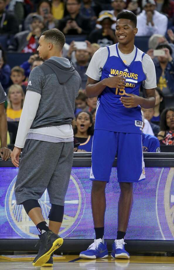 Golden State Warriors' rookie Damian Jones prepares to sing during open practice at Oracle Arena in Oakland, Calif., on Wednesday, October 12, 2016. Photo: Scott Strazzante, The Chronicle