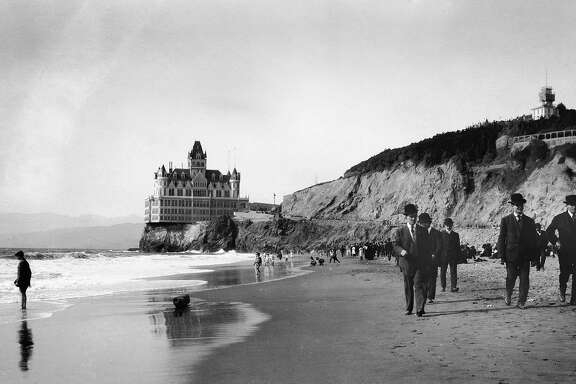 CLIFFHOUSE-B-1911-MN-UNKNOWN - The Cliff House at Ocean Beach, San Francisco.  Photo taken about 1911.