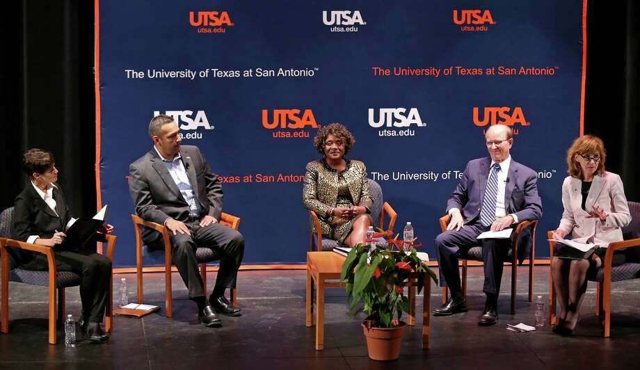 State Sen. Donna Campbell, (from left) James Quintero of the Texas Public Policy Foundation, Live Oak Mayor Mary M. Dennis, and County Judge Nelson Wolff participate in a town hall discussion on property tax revenue caps moderated by Francine Romero, associate dean of the University of Texas at San Antonio's College of Public Policy Thursday Oct. 13, 2016 at the UTSA downtown campus. Photo: Edward A. Ornelas, Staff / San Antonio Express-News / © 2016 San Antonio Express-News