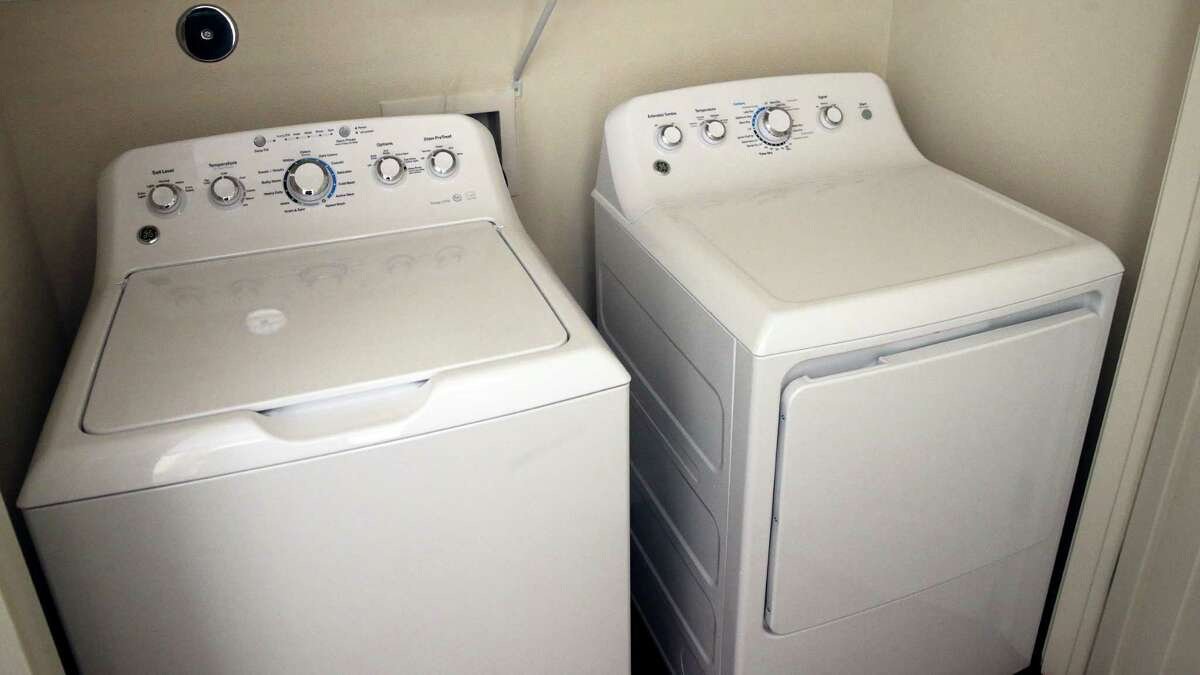 1. Large Home Appliances From Dyson vacuums to washer and dryer units, November is the month you want to make your major appliance purchases. Black Friday week in particular will offer an abundance of deals on laundry units, vacuums, dishwashers, and refrigerators. Our research shows that 35% of these deals will hit their best-of-the-year prices, compared with 25% otherwise.