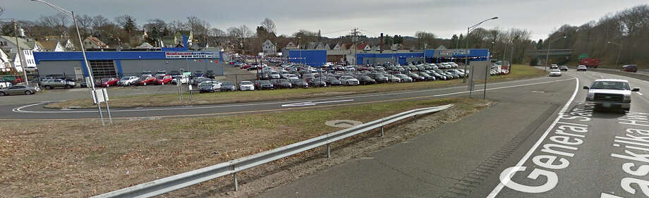 Valley car owners have a new place to have their automobile emmisions checked. It's at New England Auto World on Seymour Avenue, right off the northbound Route 8 Exit 17 in Derby. Photo: Google Street View Image