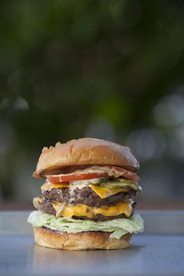 The Double Cheeseburger 10 99 At Gott S Roadside In Napa Photo Peter Dasilva