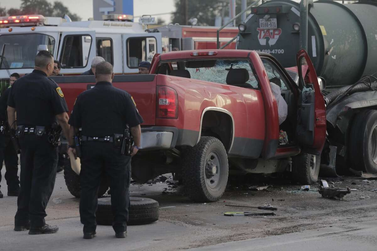 A man died in a traffic crash when he rear ended a tanker truck about 6:40 a.m. Friday, Oct. 14, 2016, on Airline near Little York in north Houston.(Elizabeth Conley/Houston Chronicle)