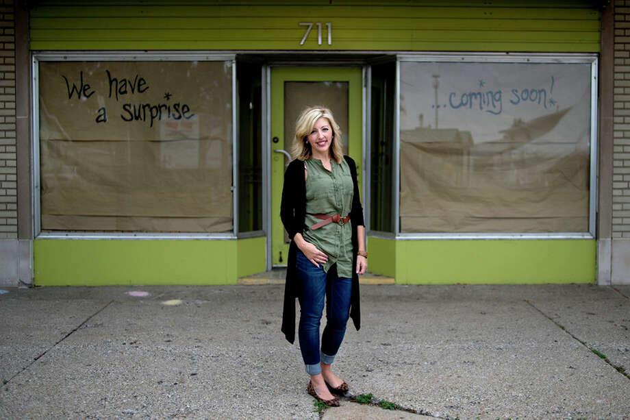 BRITTNEY LOHMILLER | blohmiller@mdn.net Renee Deckrow plans to open Live Oak Coffeehouse at the Ashman Plaza.