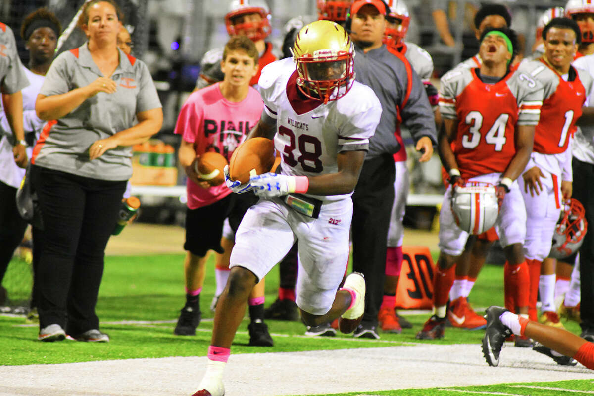 Cypress Woods sophomore running back NIjah Surtain impressed in Thursday's 36-33 victory against Cypress Lakes. Surtain racked up 144 all-purpose yards and caught the 32-yard touchdown pass that sealed the victory for the Wildcats.