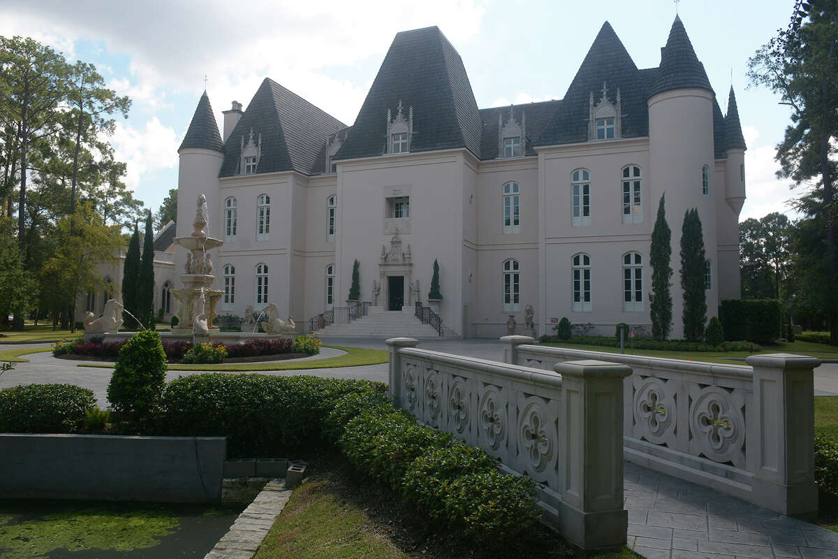 The Chateau Cocomar, owned by Karen and Wayne Martin, is primarily used for weddings, sometimes by celebrities. The couple also spends $75,000 a year to host a Christmas party there for underprivileged children.