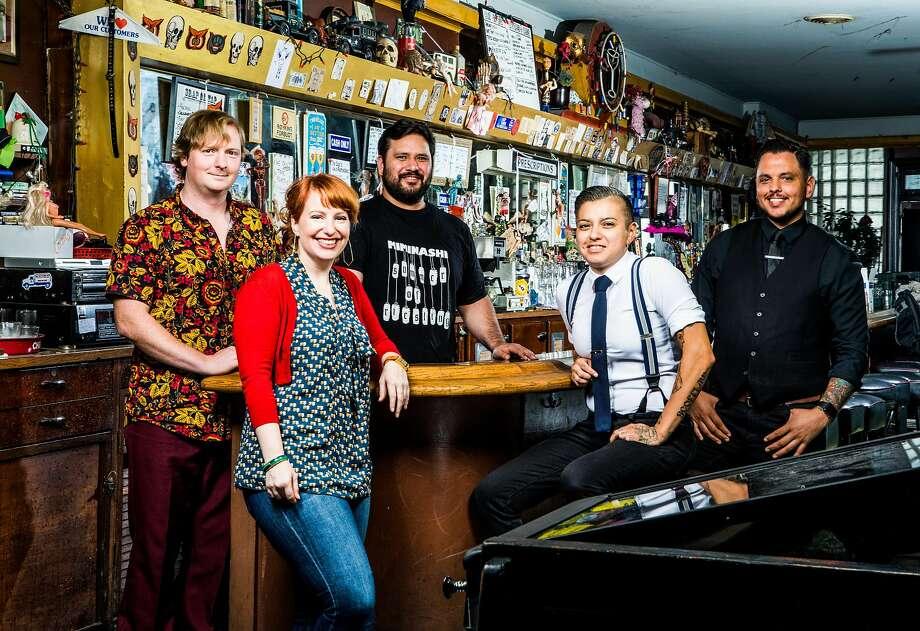 The Chronicle's 2016 Bar Stars pose in Doc's Clock in San Francisco. Photo: Christie Hemm Klok, Sfc