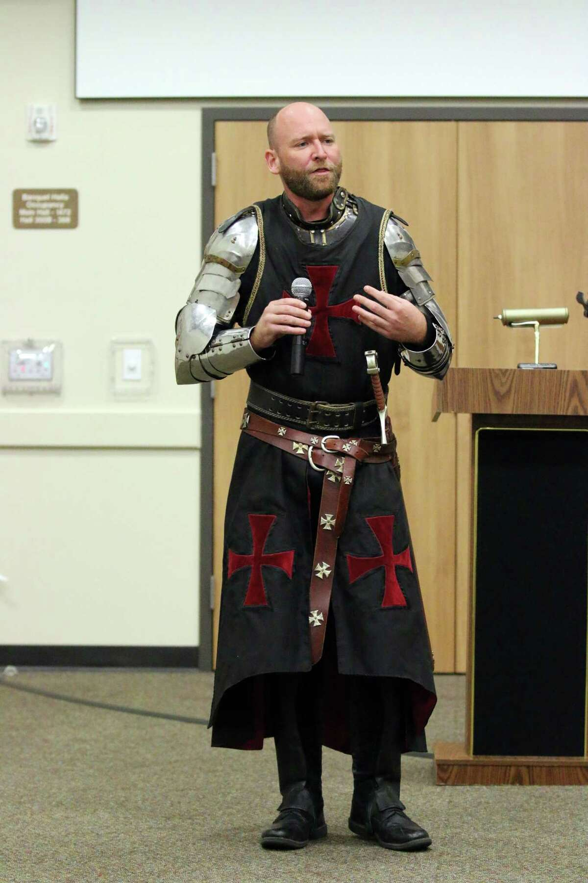 Chevalier James Lehman was in full armor when he came to visit the Dayton Rotary. He is involved with a character program called EarlyAct FirstKnight.