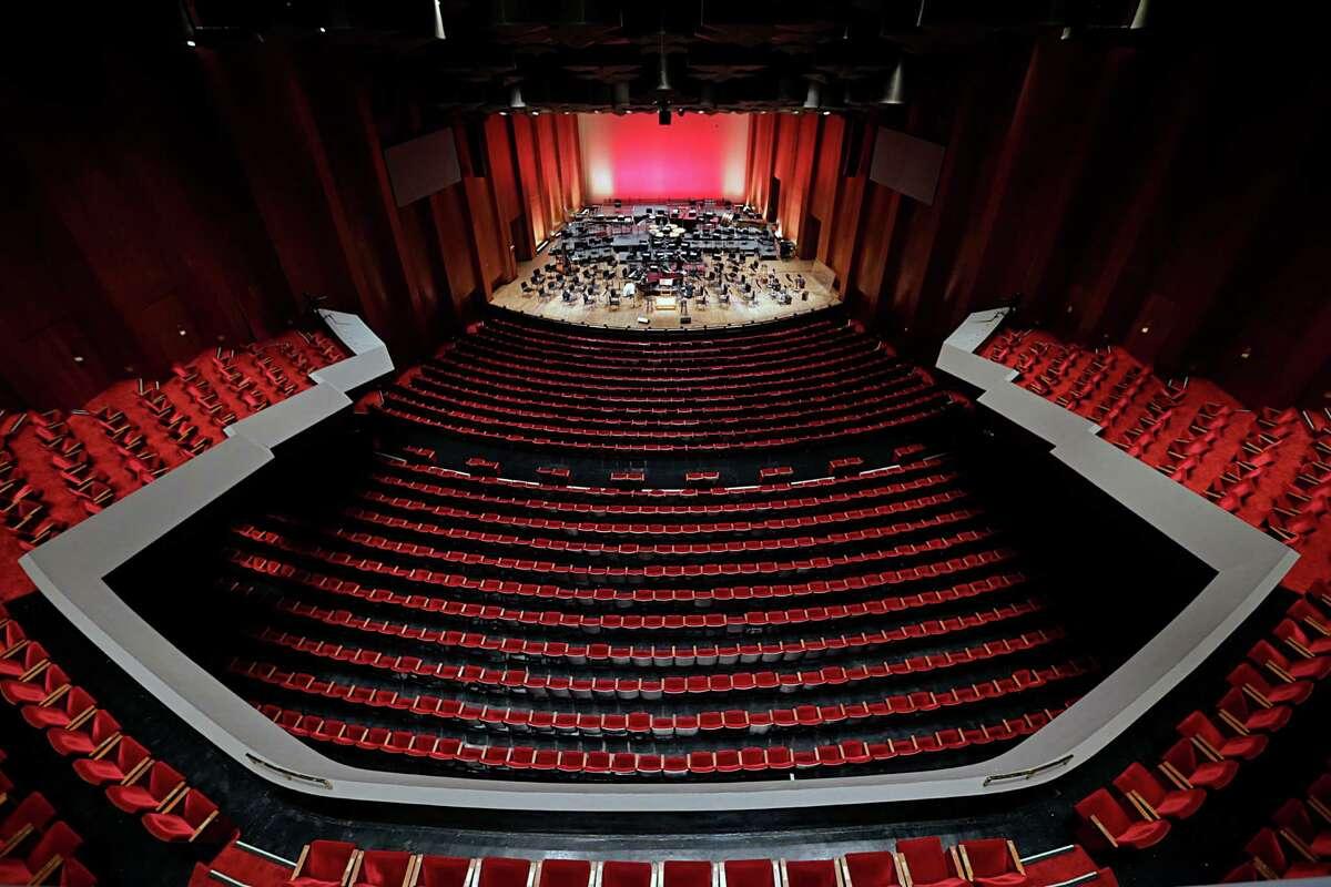 In 1966, concert-goers welcomed a modern and elegant Jones Hall.