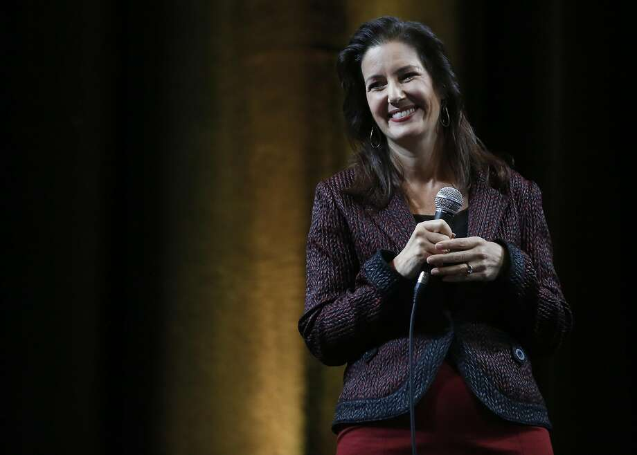 Mayor Libby Schaaf delivers the State of the City speech at Oakland City Hall Oct. 14, 2016 in Oakland, Calif. Photo: Leah Millis, The Chronicle
