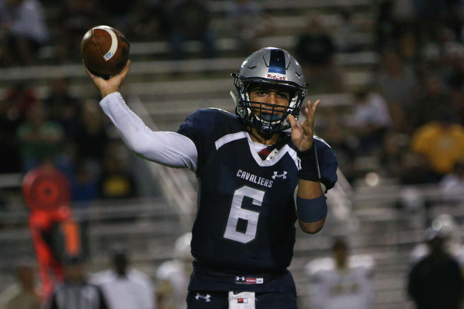 College Park's (6) throws a pass against Conroe on Friday at Woodforest Bank Stadium in Shenandoah. Photo: Michael Minasi, Staff / © 2016 Houston Chronicle