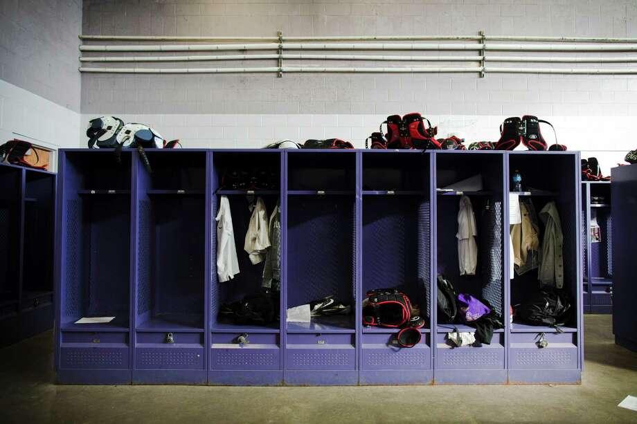 FILE    A High School Locker Room In Hahnville, La., Jan. Part 43