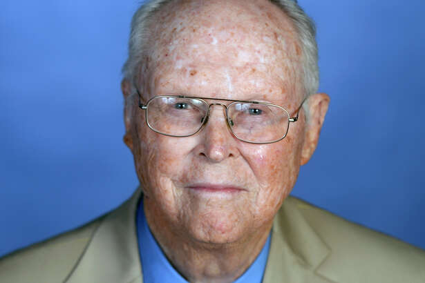Dr. Sam Gibbs, recipient of the 2016 Hearst Energy Award for Lifetime Achievement, in portrait Saturday, Sept. 24, 2016. James Durbin/Reporter-Telegram