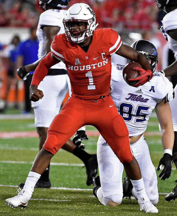Houston quarterback Greg Ward Jr. (1) celebrates a first down in the first half of an NCAA college football game against Tulsa, Saturday, Oct. 15, 2016, in Houston. (AP Photo/Eric Christian Smith) Photo: Eric Christian Smith, FRE / FR171023 AP