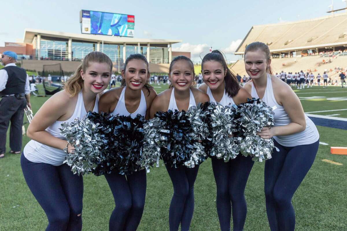 October 15 2016: Rice Owls dance team entertains the crowds during the NCAA football game between the UTSA Roadrunners and Rice Owls in Houston, Texas. (Leslie Plaza Johnson/Chronicle)