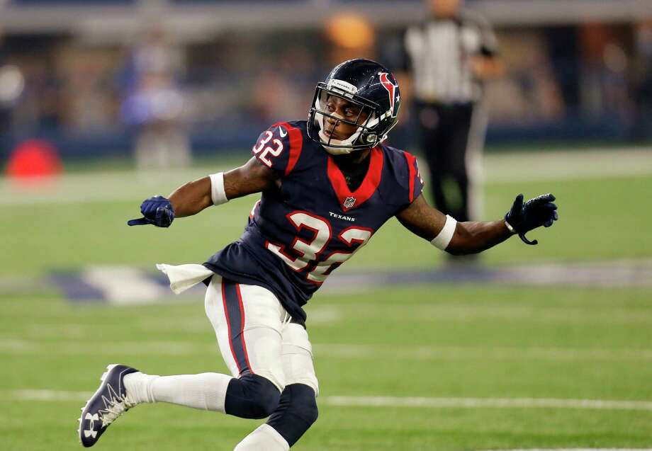 Houston Texans defensive back Robert Nelson (32) defends during a preseason NFL football game against the Dallas Cowboys on Thursday Sept. 1, 2016, in Arlington, Texas. (AP Photo/Roger Steinman) Photo: Roger Steinman, Associated Press / FR171255 AP