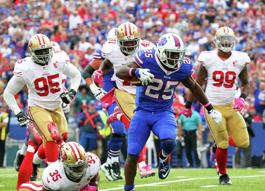 Buffalo Bills running back LeSean McCoy (25) beats San Francisco 49ers defenders for a touchdown during the second half of an NFL football game on Sunday, Oct. 16, 2016, in Orchard Park, N.Y. (AP Photo/Bill Wippert) ORG XMIT: NYMG124 Photo: Bill Wippert / FR170745