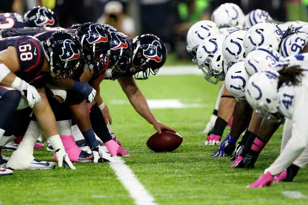 The Houston Texans and Indianapolis Colts line up for Texans kicker Nick Novak's 27-yard field goal during the second quarter of an NFL football game at NRG Stadium on Sunday, Oct. 16, 2016, in Houston.