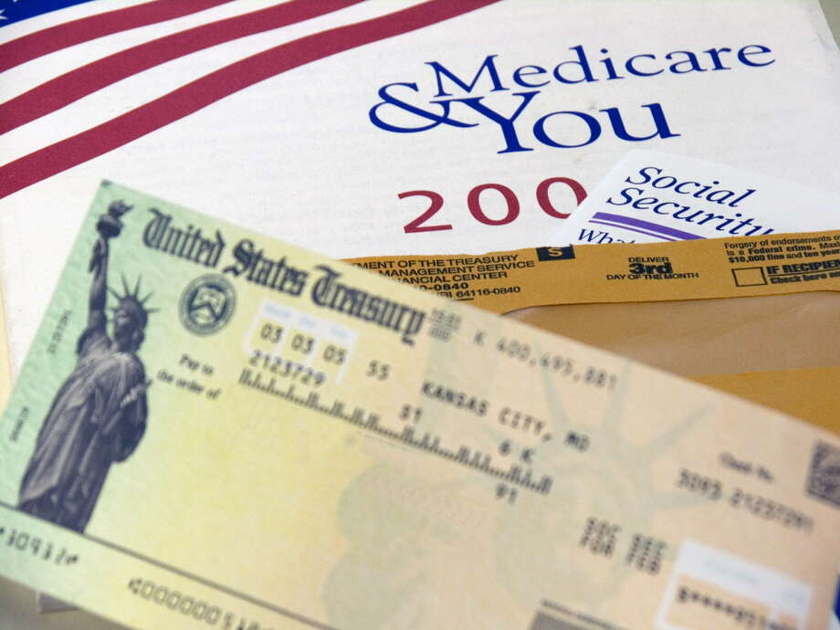 How and when to sign up for Medicare coverage can leave consumers confused over what to do next. Photo: Getty Images, Contributor / This content is subject to copyright.