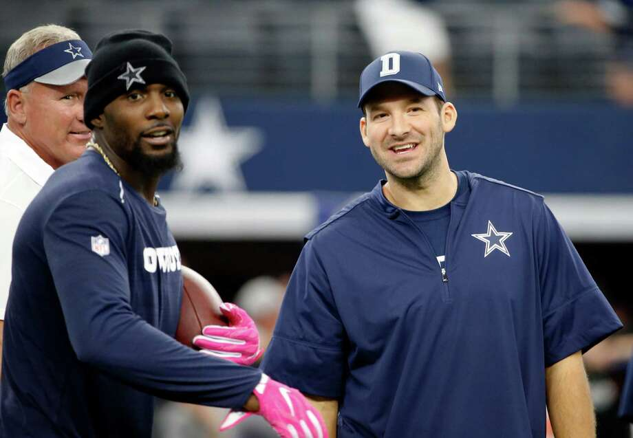 Dallas Cowboys' Dez Bryant, left, and Tony Romo, right, both injured, stand on the field watching warmups before an NFL football game against the Cincinnati Bengals on Sunday, Oct. 9, 2016, in Arlington, Texas. (AP Photo/Ron Jenkins) Photo: Ron Jenkins, FRE / FR171331 AP
