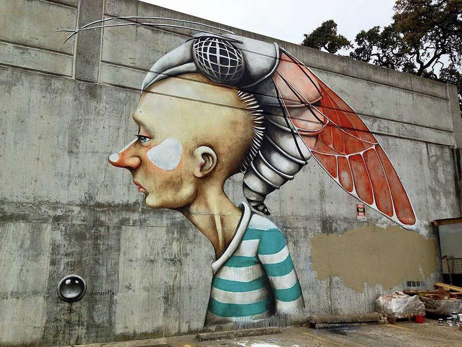 Artist: Ana Maria Photo: HUE Mural Festival