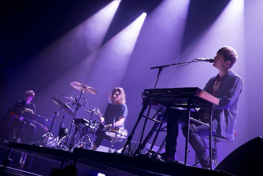 James Blake performs a make-up concert Monday, Oct. 17 2016, at the Fox Theater in Oakland after canceling his appearance at Treasure Island Music Festival the night before. Photo: Kelly J. Owen
