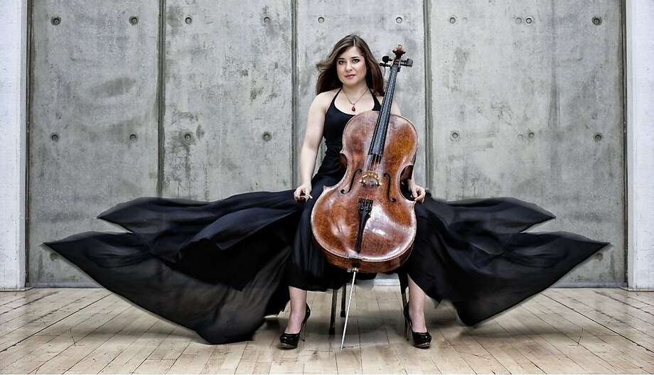 Alisa Weilerstein will perform the Schumann Cello Concerto at the S.F. Symphony with conductor Pablo Heras-Casado. Photo: Courtesy San Francisco Symphony