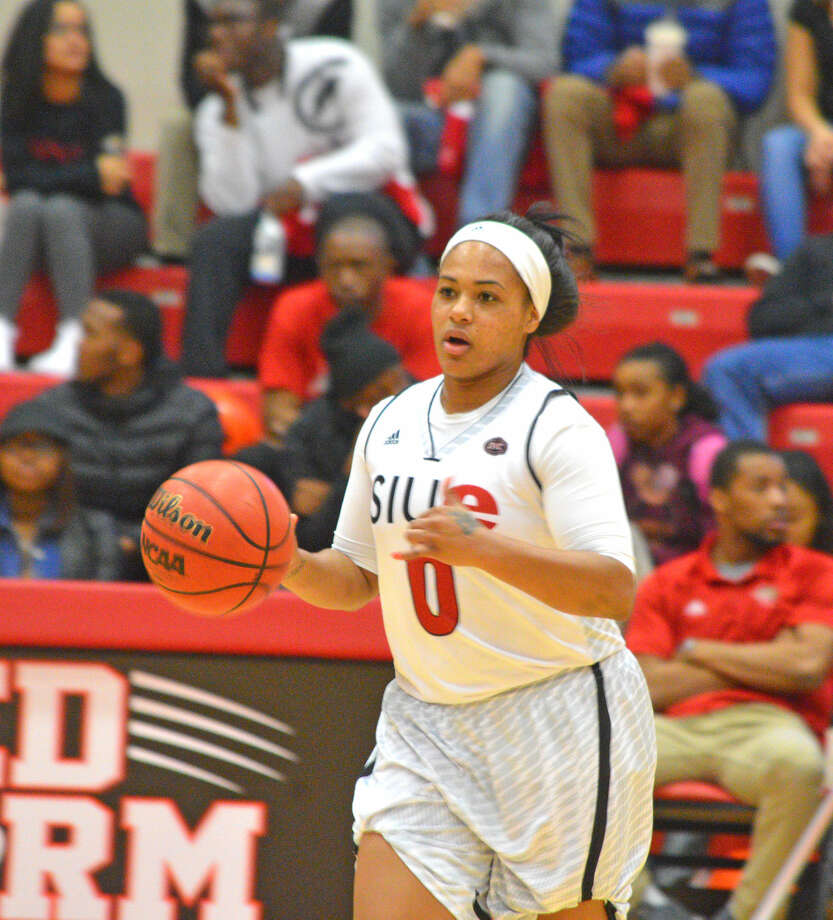 SIUE redshirt senior Shronda Butts brings the ball up the court during Thursday's home game against Morehead State.