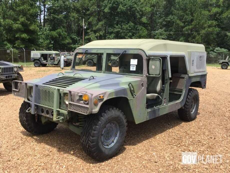 1988 AM General M988 Humvee HMMWV