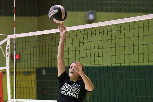 Shenendehowa High school volleyball player Julia Paliwodzinski during practice on Tuesday Oct. 18, 2016 in Clifton Park , N.Y.  (Michael P. Farrell/Times Union)