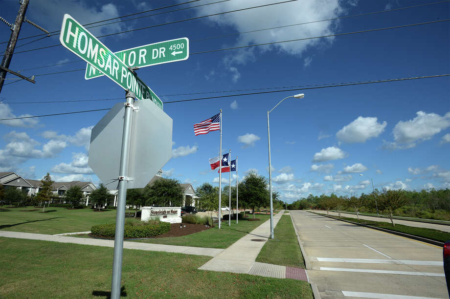 Homsar Point Boulevard, near Stoneleigh on Major, will be the future intersection where Major Drive meets Northwest Parkway. Beaumont council approved Parkway construction Tuesday with plans to begin work by December. Photo taken Tuesday, October 18, 2016 Guiseppe Barranco/The Enterprise Photo: Guiseppe Barranco, Photo Editor