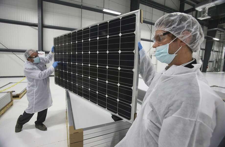 mission solar slashing 170 jobs san antonio express news. Black Bedroom Furniture Sets. Home Design Ideas