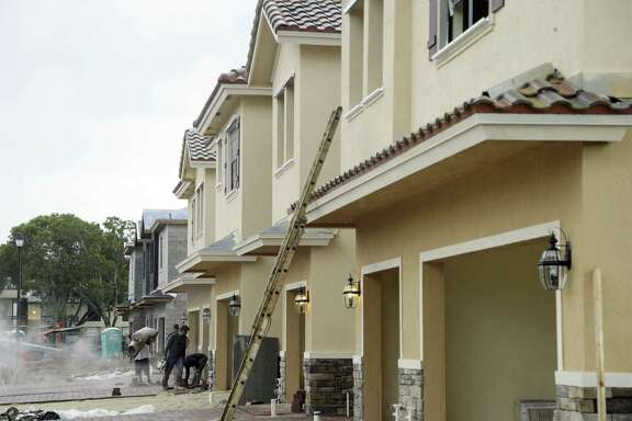 Construction tumbled 9 percent in September to a seasonally adjusted annual rate of 1.05 million units, the Commerce Department reported. It was the slowest pace in 18 months. The weakness last month reflected a 38 percent drop in construction of apartments, which overshadowed an 8.1 percent rise in single-family construction.