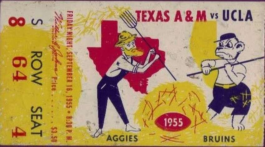 Sept. 16, 1955 : No. 1 UCLA defeats Aggies, 21-0 All-time record vs. AP No. 1: 0-2
