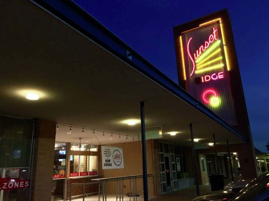 Now Open Julian S Italian Pizzeria In Alamo Heights San