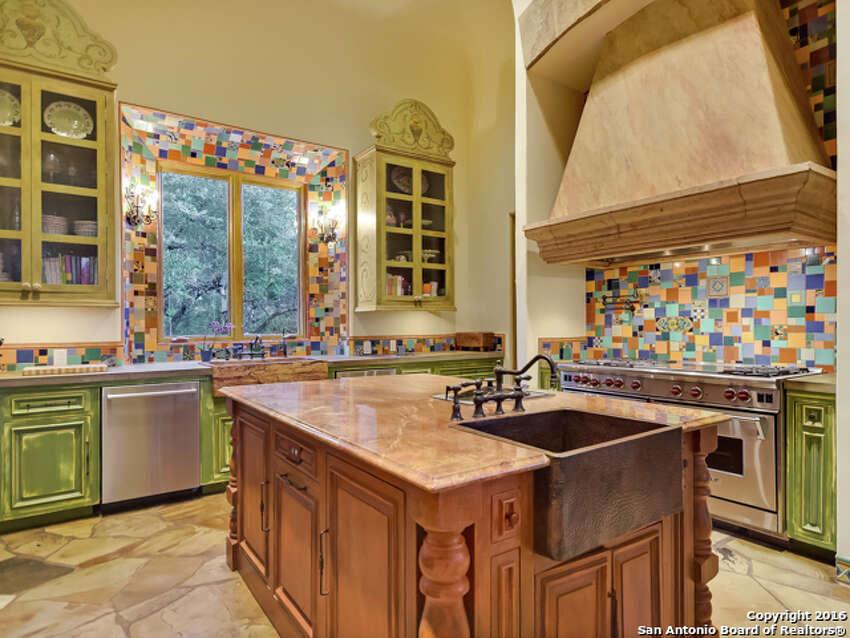 1.1726 Greystone Ridge:$3.5 million5 beds / 4.5 baths / 9,148 square feet