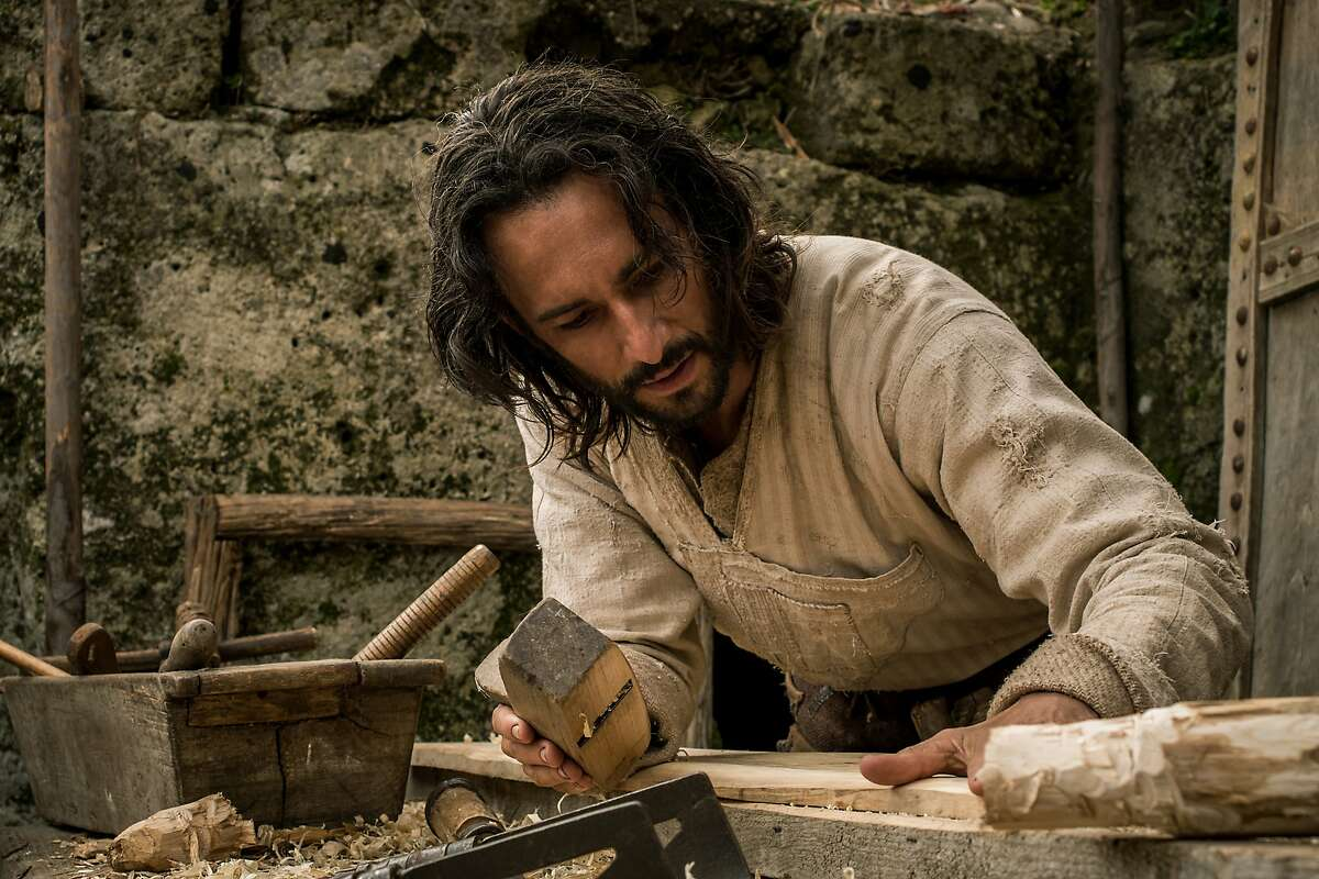 """FILE - This image released by Paramount Pictures shows Rodrigo Santoro portraying Jesus in a scene from """"Ben-Hur."""" The big-budget remake of 'Ben-Hur' was trampled under a herd of holdovers and new releases at the box office, the latest casualty in a bruising summer for Hollywood. According to studio estimates Sunday, Aug. 21, 2016, the Paramount Pictures release, which cost about $100 million to make, debuted with just $11.4 million. (Philippe Antonello/Paramount Pictures via AP, File)"""