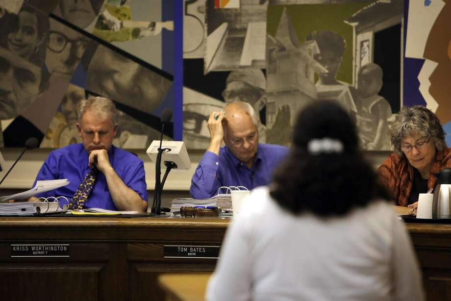Measure X1 would set up a system of public funding that would provide a $6 match for every $1 a candidate for mayor or city council raises in small increments ($50 or less) from Berkeley residents. Photo: Carlos Avila Gonzalez, The Chronicle
