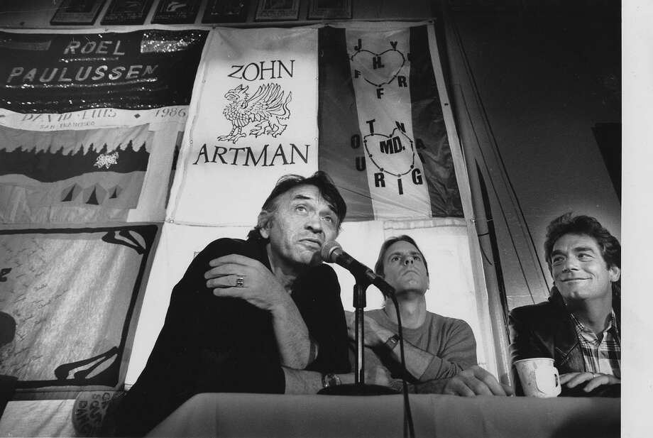 Bill Graham with Bob Weir and Huey Lewis announce an AIDS benefit conference on March 22, 1989. Photo: Michael Maloney, The Chronicle