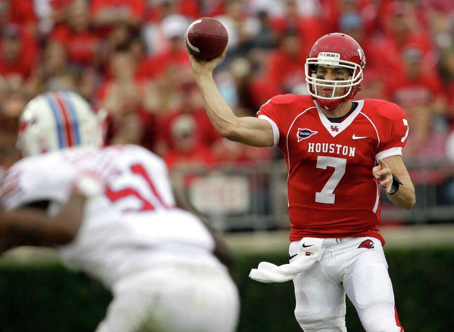 Former UH quarterback Case Keenum was selected to the first C-USA Hall of Fame. Photo: David J. Phillip, STF / AP